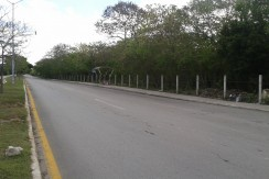 Terreno Av. Costera colindante con Fidel Velazquez