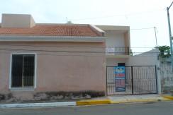 Renta de casa por la clinica Issste y AV Resurgimeinto