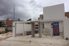 Casa en Venta en calle 2 por calle mensura cerca de Escuela Xail
