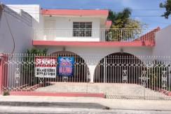 Renta de casa calle 45 Santa ana