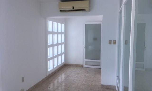 renta edificio 300 mtrs terr y 260 const calle 5 num 1 entre av resur y calle monte de oca 50000 (8)